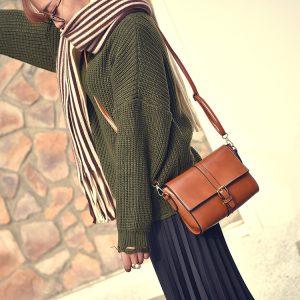 Túi da kiểu vuông